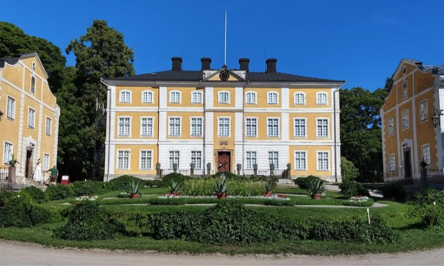 Julita Manor House