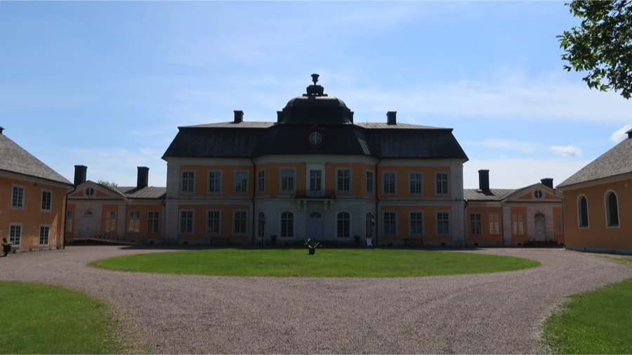 The mansion at Österbybruk Wallon Forge