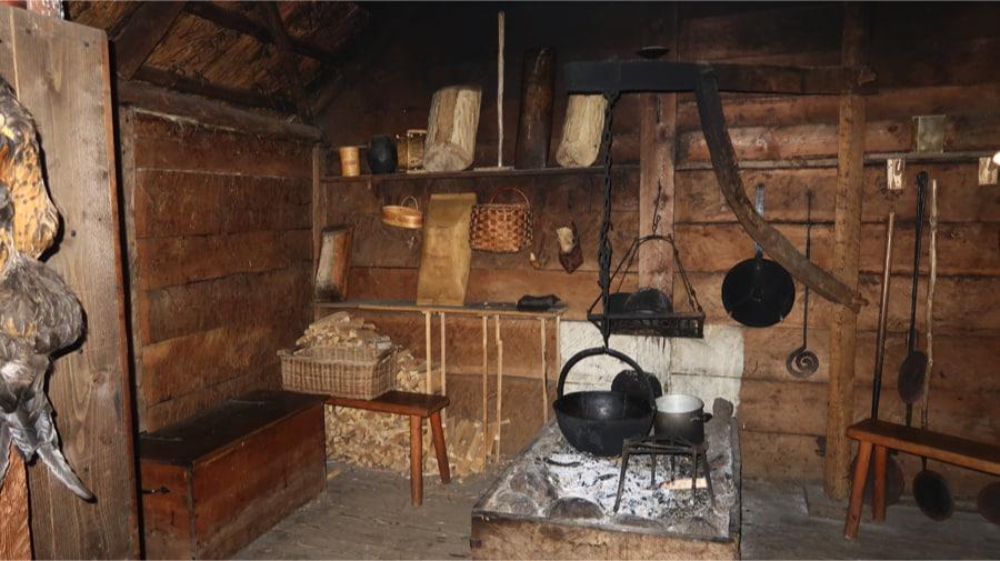 Gunnes Viking Farm Interior